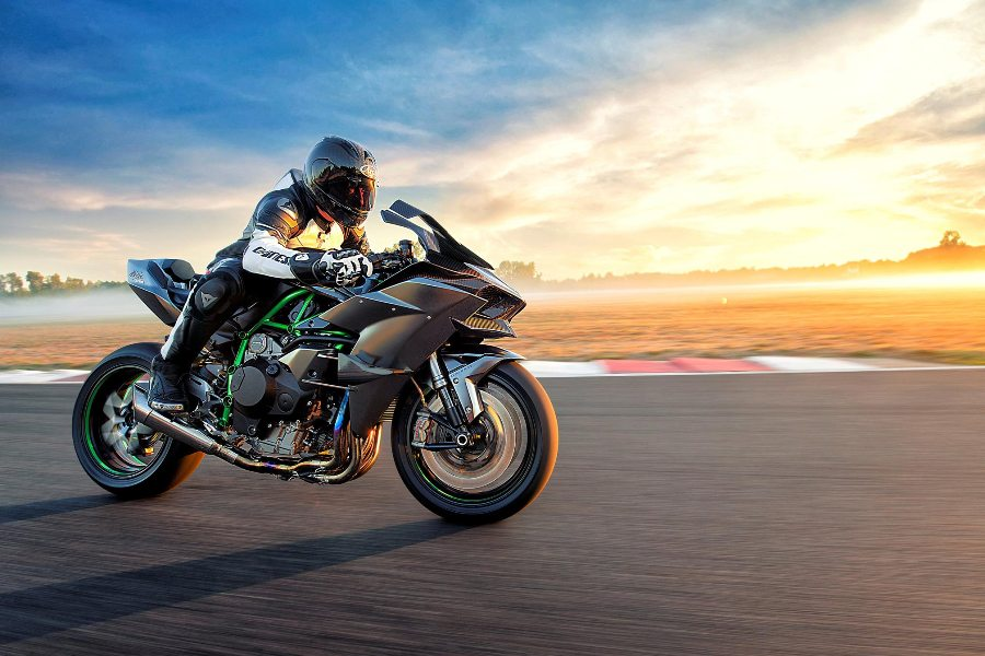 fastest motorcycles on earth 2