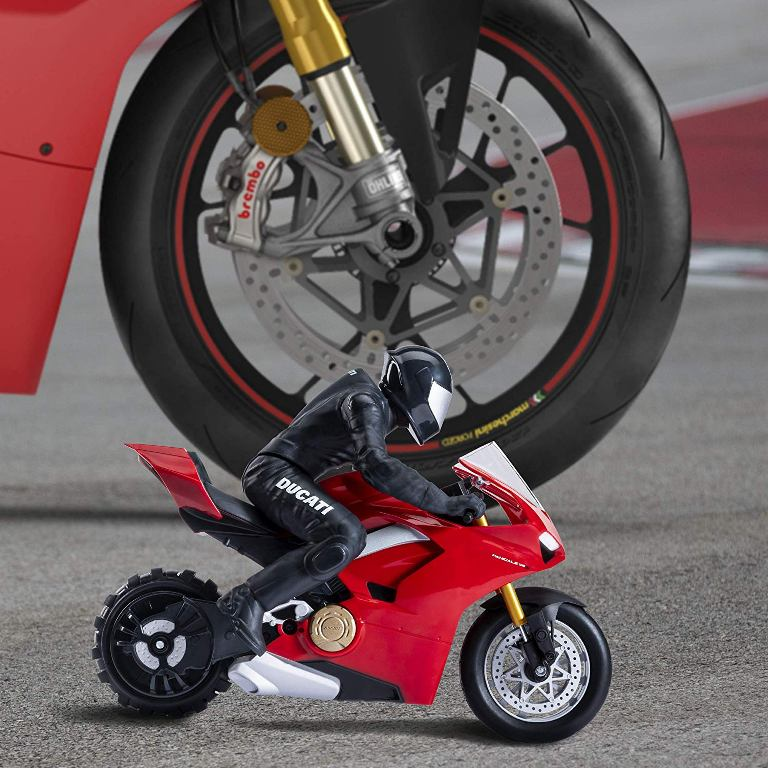 ducati panigale v4s rc 2