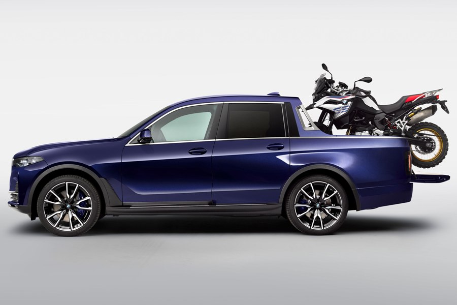 bmw x7 pikcup truck porfile with motorcycle