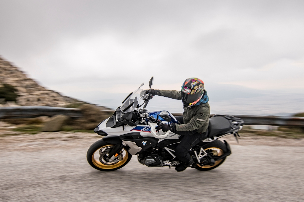 BMW R 1250 GS action 8