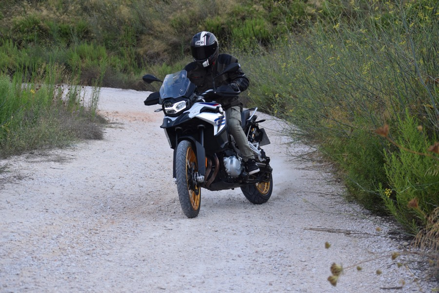 bmw f850gs action 7