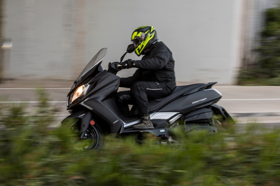kymco downtown 350i abs noodoe action 3