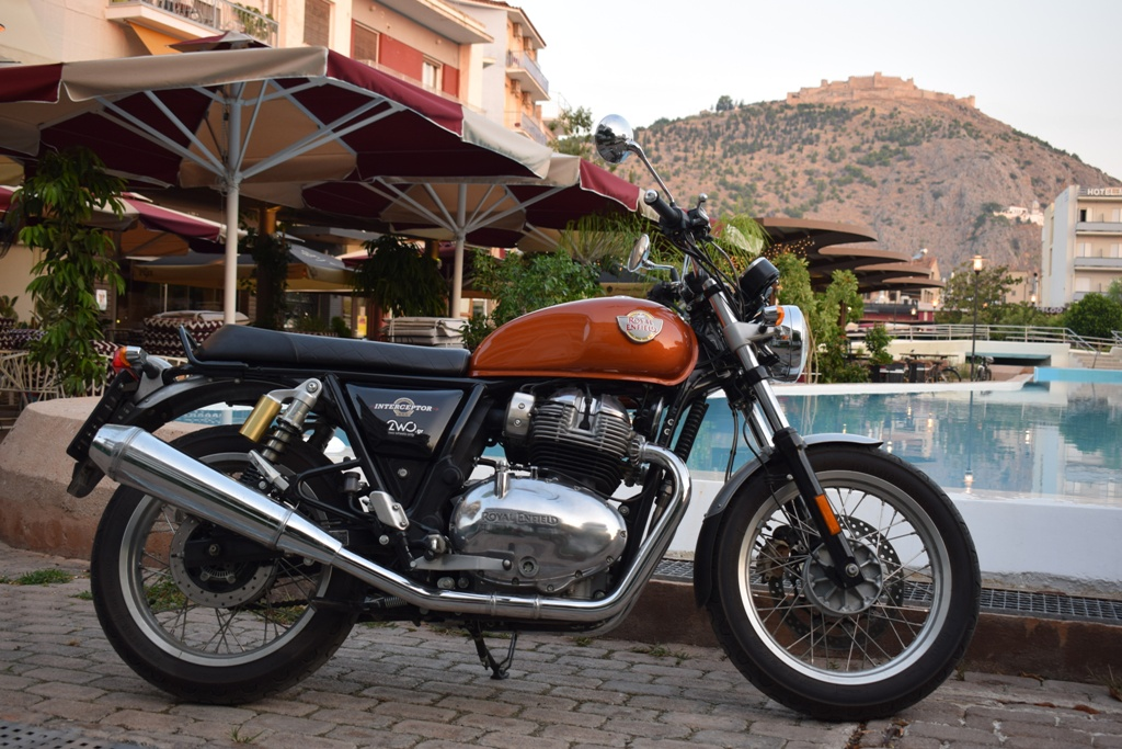 royal enfield interceptor 650 ambience 1 1